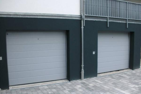 garagentor049FD6BDC3-2862-AAAA-6BD1-1D567E454094.jpg